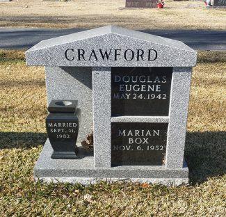 cremation-niche-with-black-inserts